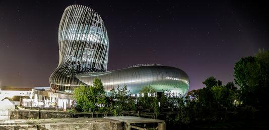 La cité du vin de Bordeaux divide l'Italia enoturismo città del vino