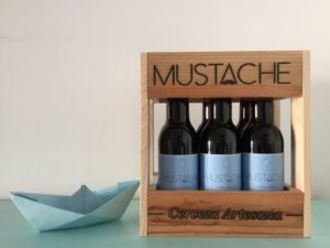 mustache negra marinera bis
