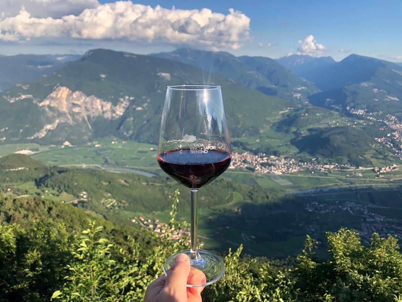 A tutto Marzemino: il Trentino si veste di rosso con la Strada del Vino e dei Sapori