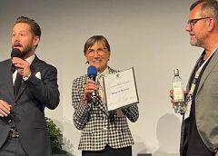 Premio ai 50 anni in vigna di Mariuccia Borio (Cascina Castlèt) al Genuss Film Festival