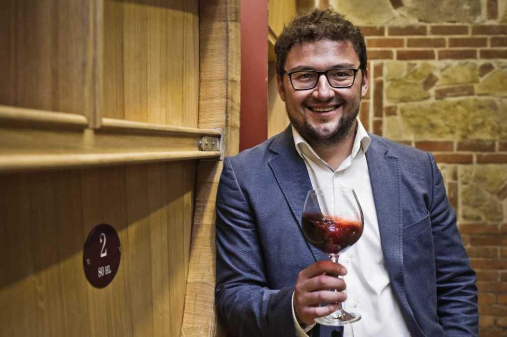 Radosh Vukichevich Tikveŝ Chateaux & Domaines Vranec Vranac World Day 2021 sfide e prospettive per il vino rosso simbolo dei Balcani